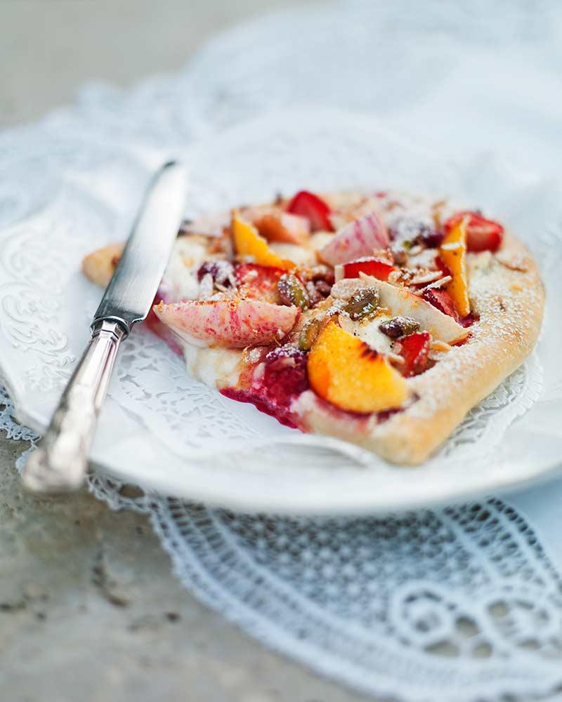 Leilas mascarponepizza med färsk persika