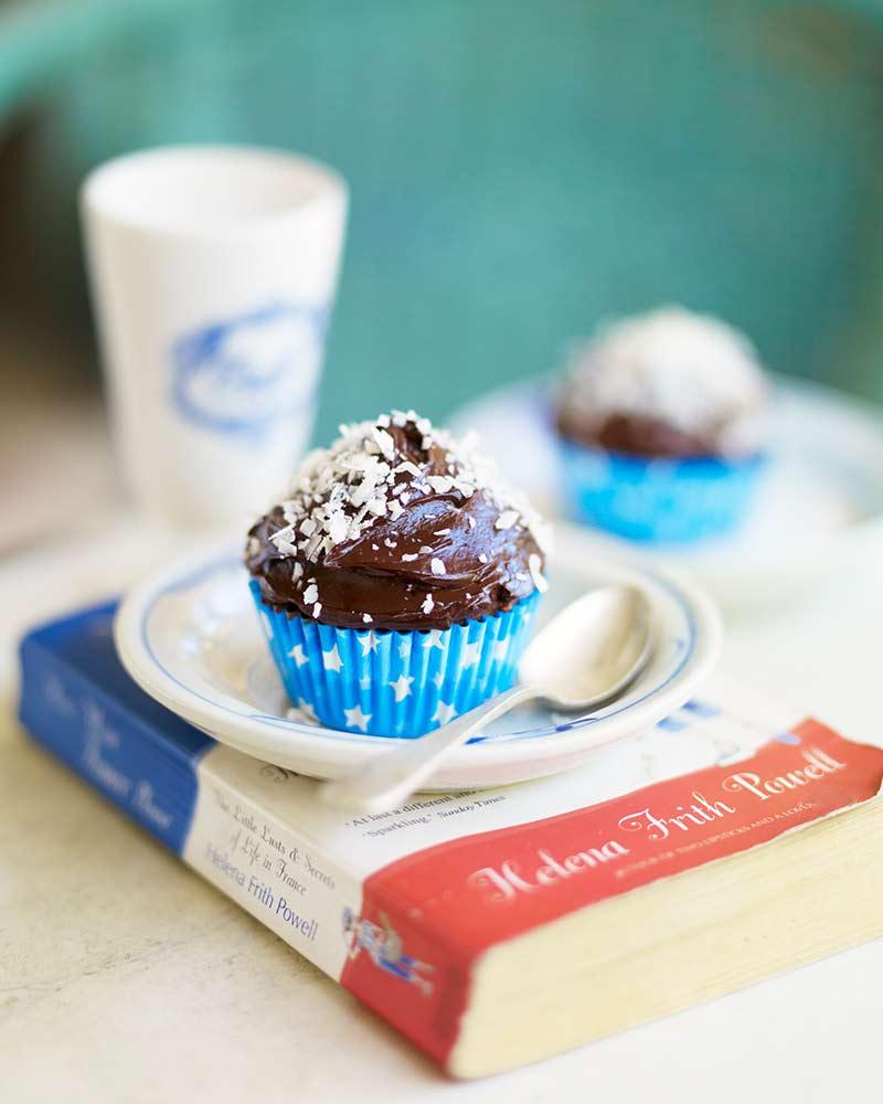 Leilas bounty cupcake