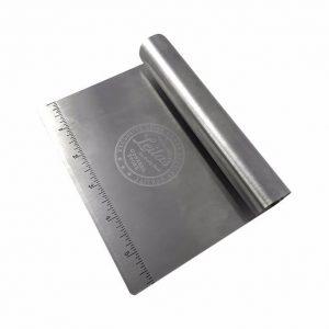 Degskrapa- Metall – Leilas