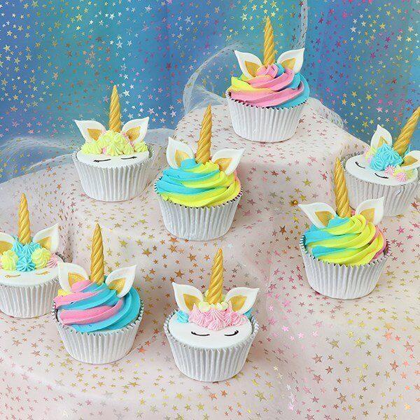 Baka egna unicorn Cupcakes