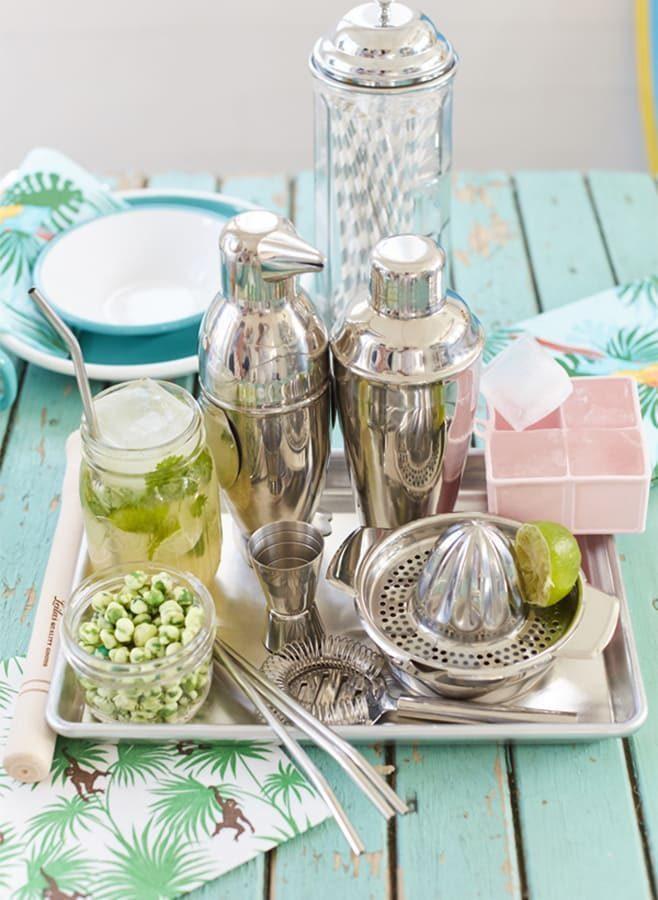 Drinktillbehör, drink shaker, iskuber och juicepress