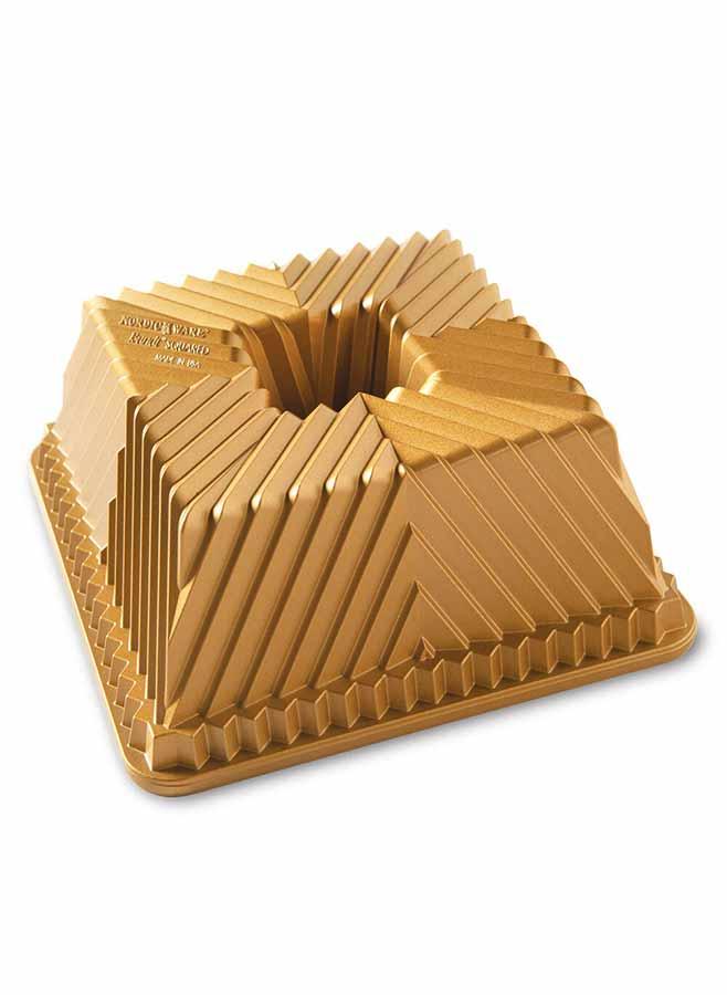 Nordic Ware Bundt Squared Pan Guld